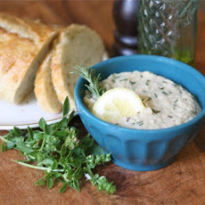 White Bean and Artichoke Dip