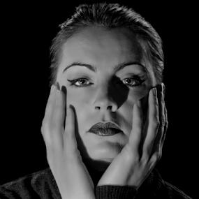 Melissa by Shaun White - Black & White Portraits & People (  )