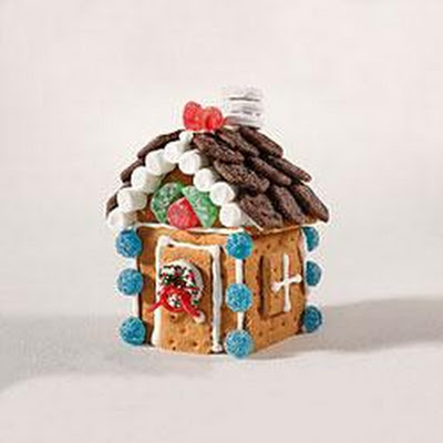 Gingerbread Holiday House