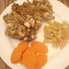 Pork Chops With Savory Apple Stuffing