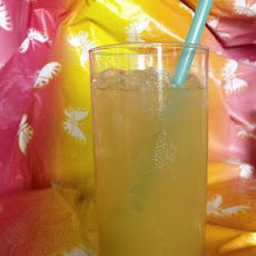Pineapple Lemonade Pizzazz