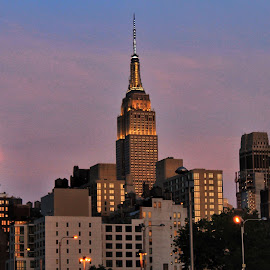 City life by Marron Martinez - Buildings & Architecture Office Buildings & Hotels ( #nyc #newyork )