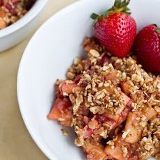 Strawberry Apple Breakfast Crisp