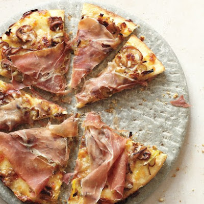 Leek, Mushroom, and Prosciutto Pizza