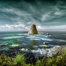 Papuma coast of East Java by Didit Aryono - Landscapes Beaches