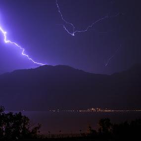 Thunder Lake Garda by Luka Milevoj - News & Events Weather & Storms ( thunderstorm, lake garda, italy )