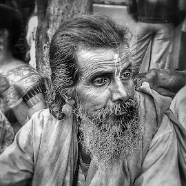 Indifferent.. by Saikat Kundu - Instagram & Mobile Android ( nature up close, candid, old man, mobile camera, natural, close up,  )