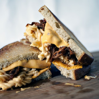 """The Manwich"" – Grilled Mac and Cheese with Pulled Pork"
