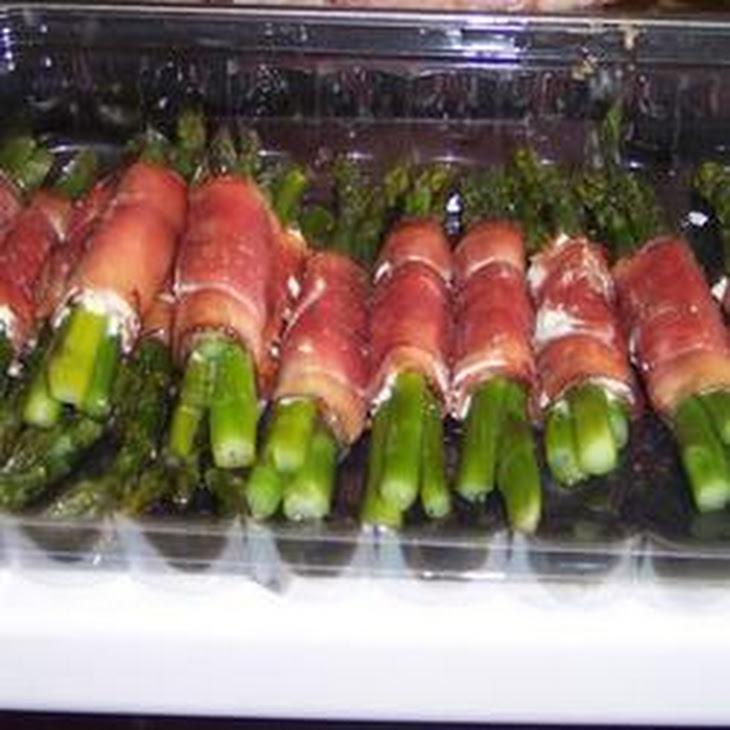 Asparagus Wrapped in Crisp Prosciutto Recept | Yummly