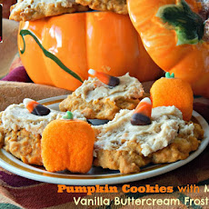 Pumpkin Cookies with Maple-Vanilla Buttercream Frosting