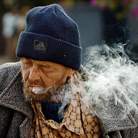 Homeless by Max Feshchenko - People Portraits of Men ( homeless, street, people, smoke, portrait, man )