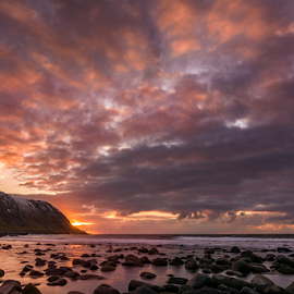 Eggum naturreservat by Roberto Melotti - Landscapes Beaches ( clouds, norwegian sea, roberto melotti, sunset, nikon d7100, lofoten islands, cloudy, eggum naturreservat, norway, , landscape, beach )