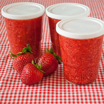 Strawberry Jam In A Jiffy