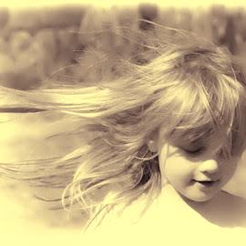the tinker by Bernie Penman - Babies & Children Children Candids (  )