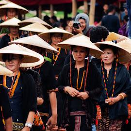 guest by Hartono Wijaya  - Novices Only Portraits & People ( toraja, indonesia, ceremony )