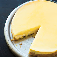 Fresh Goat Cheese and Lemon Curd Cheesecake