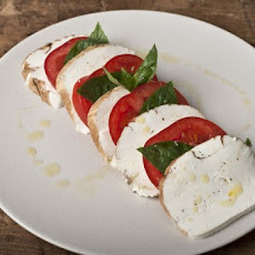 Smoked Mozzarella Caprese Salad Recipe