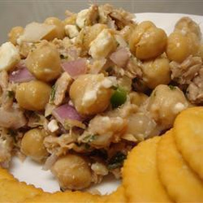Tuna and Chickpea Salad