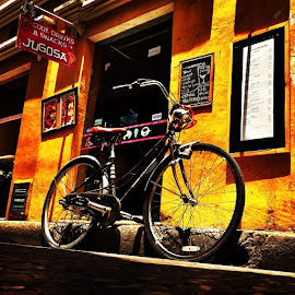 Bicycle in cartagena!! by Nicolas Donadio - Transportation Bicycles