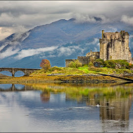 Eilean Donan Castle by Eric Bush - Landscapes Travel ( scotland, mountains, water., castles,  )