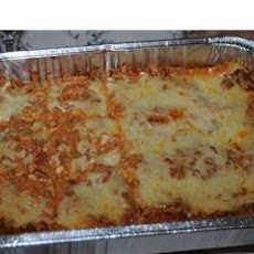 The Lady and Sons Lasagna ( Paula Deen )