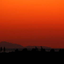 Coming to an end by Julie Ddin - People Group/Corporate ( orange, futami, sunset, each, people,  )