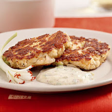 Creole Cakes with Sweet and Spicy Rémoulade Sauce