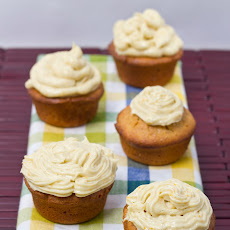 Sour Cream, Almond, & Saffron Cupcakes w/ Cardamom & Sumo Orange Cream Cheese Frosting