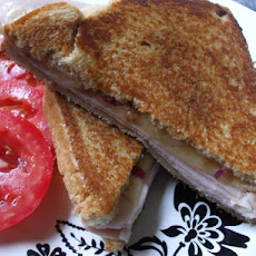 Grilled Ham and Cheddar Sandwich