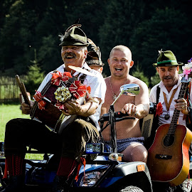 Easy rider by Szasz Andrea - People Musicians & Entertainers ( music, old, clown, happy, funny, costume, summer, entertainers, musician, smile, entertainer )