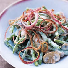 Green Beans With Mushrooms and Crispy Onion Rings