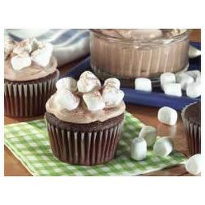Hot Cocoa Marshmallow Cupcakes
