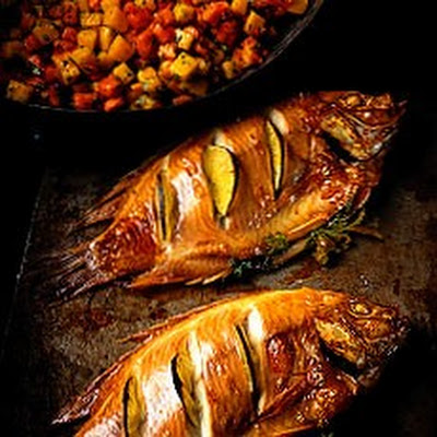 Oven-roasted Tilapia with Mango and Pawpaw Salsa