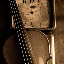 Olde Time Fiddle by David W Hubbs - Artistic Objects Musical Instruments ( old, clock, fiddle music, old clock, fiddle )