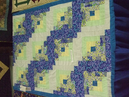 No WONDER this quilt took a ribbon!