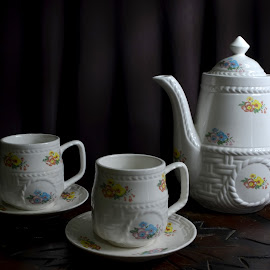 Cangkir by Gigih Ardiantoro - Artistic Objects Cups, Plates & Utensils ( still life, coffee, artistic, long exposure, tea, light,  )