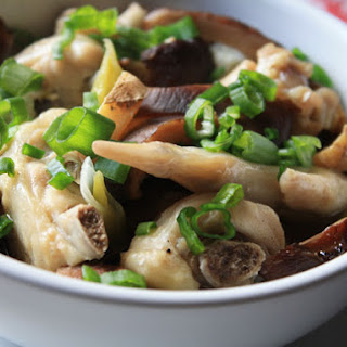 Steamed Chicken and Shiitake Mushrooms