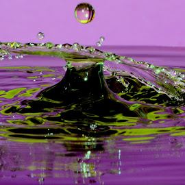 Waterdrops by Fred Øie - Abstract Water Drops & Splashes ( abstract, waterdrops )