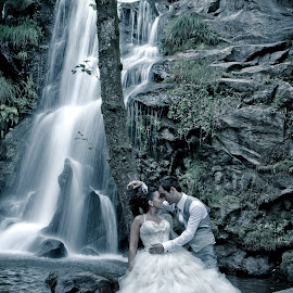 Power of Love by Armando Fotografie - Wedding Bride & Groom ( love, wedding, waterfall, beauty, trash the dress, improving mood, moods, red, the mood factory, inspirational, passion, passionate, enthusiasm )