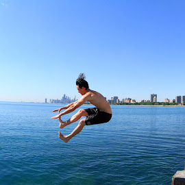 viva Chicago by Eurico David - Sports & Fitness Swimming