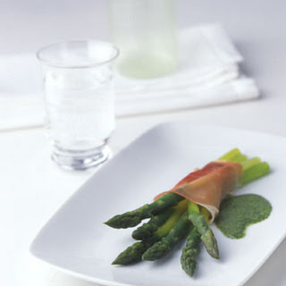 Prosciutto-Wrapped Asparagus with Mint Dressing