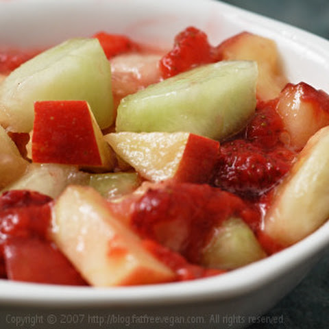 E's Fruit Salad with Strawberry Sauce