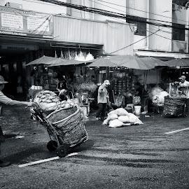 Bangkok Chinatown by Matthäus Rojek - City,  Street & Park  Street Scenes ( bangkok, krungthep, street, bangkok chinatown )
