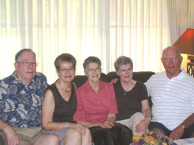 [Don, Karen, Rosemary, Mom and Jim[7].jpg]