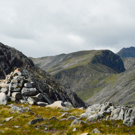 Glencoe Highlands by Sarka Brichová - Novices Only Landscapes ( scotland, mountains, landscape, highlands, rocks )