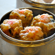 Boiled Shrimp and Pork Dumplings