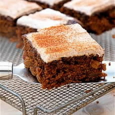 Low-fat Moist Carrot Cake