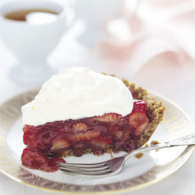 Strawberry Icebox Pie with Almond Crust