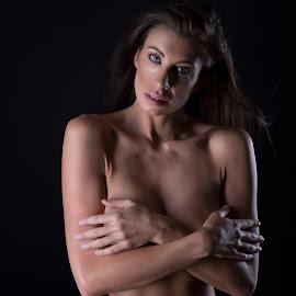 by Alan Yap  - Nudes & Boudoir Boudoir