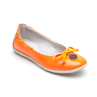 Step2wo Zowe - Neon Charm Pump SHOE